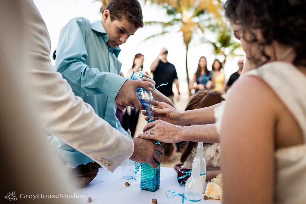 isla-verde-beach-resort-carolina-puerto-rico-wedding-photos-old-san-juan-pr-hotel-la-playa-photography-bridget-dom-greyhousestudios-024