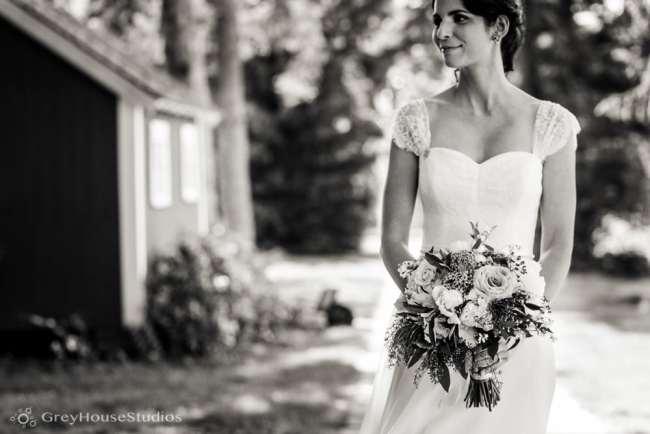 winvian-wedding-photos-morris-ct-litchfield-hills-photography-lauren-dan-greyhousestudios-029