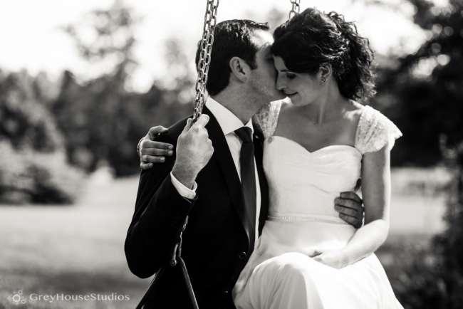 winvian-wedding-photos-morris-ct-litchfield-hills-photography-lauren-dan-greyhousestudios-033