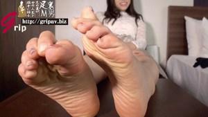 21cmミニマム足裏&足指 くすぐり接写と足コキびっくり射精/水原あお