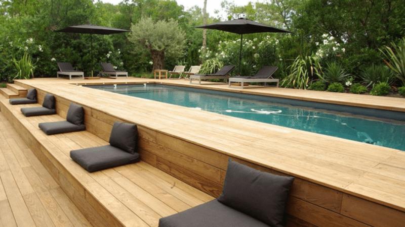 Luxurious pool deck