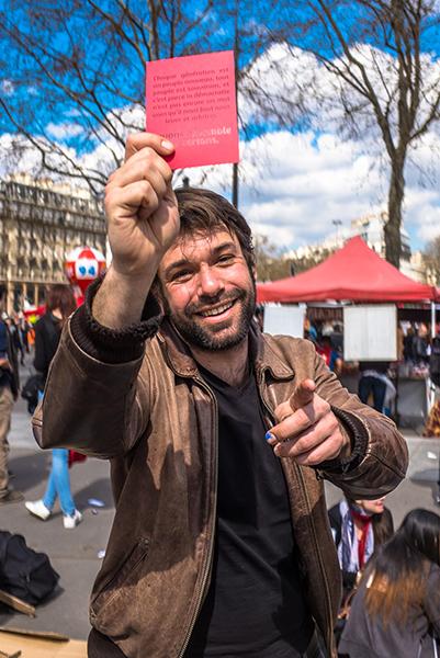 manifestations-loi-travail-cartons-rouges-citoyens-peuple-souverain9