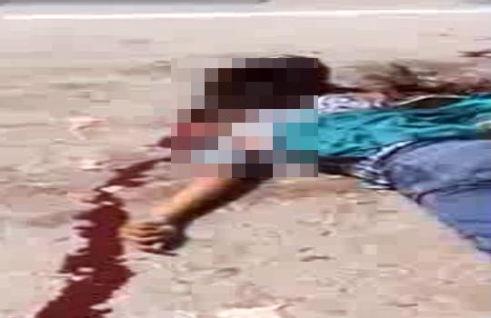【グロ注意】女性二人乗りバイクがトラックにぶち当たり即死・・・ ※動画有り