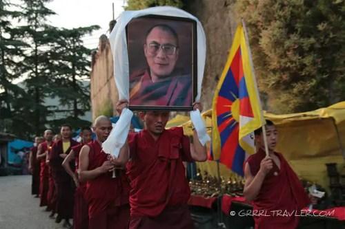 tibetan monks in mcleodganj, tibetan buddhist protest dalai lama