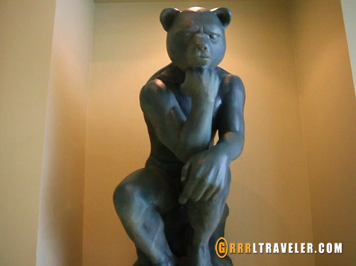 the thinker statue, thinker bear at jeju teddy bear museum