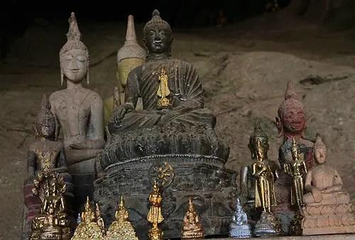 park ou caves buddha laos