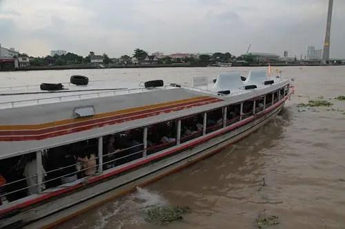 chao phraya ferry