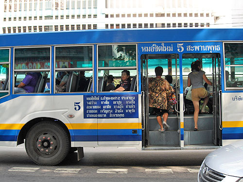thai bus