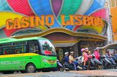grand lisboa casino macau, macau top attractions, sightseeing in macau