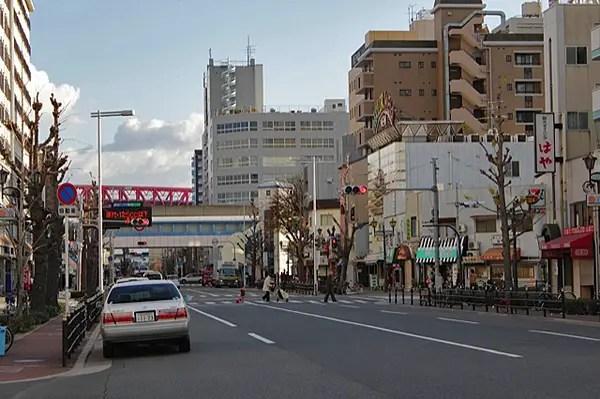 osaka streets, big ferris wheel osaka, what to do in osaka, budget travel osaka