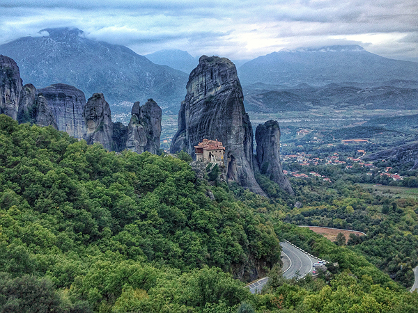 meteora rock, visit meteora, meteora greece things to do, things to do in meteora greece