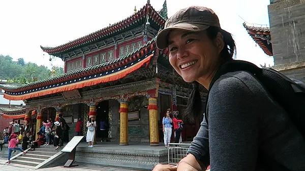 kumbum monastery xining, biggest buddhist monastery xining, qutan monastery in ledu, qinghai tourism, qinghai highlights, best of qinghai, first impressions qinghai, ledu