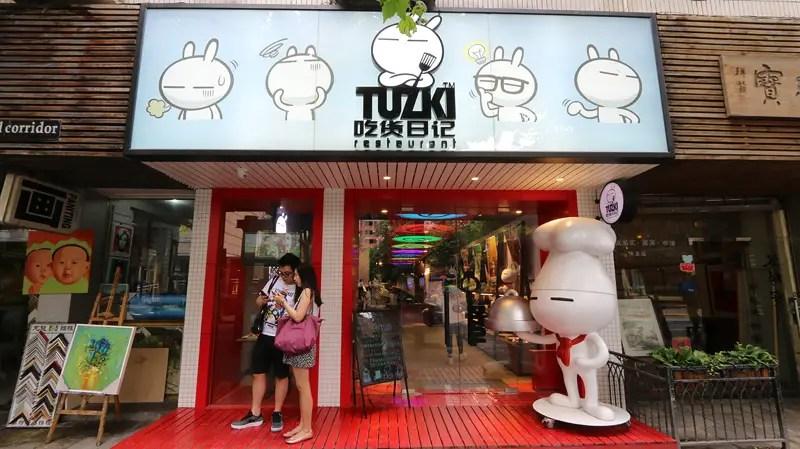 Tuzki restaurant
