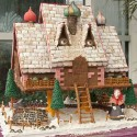 thumbs gingerbread houses 031