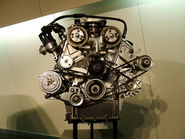 Alfa Romeo GTV6 2.5 motor Museo Storico Arese