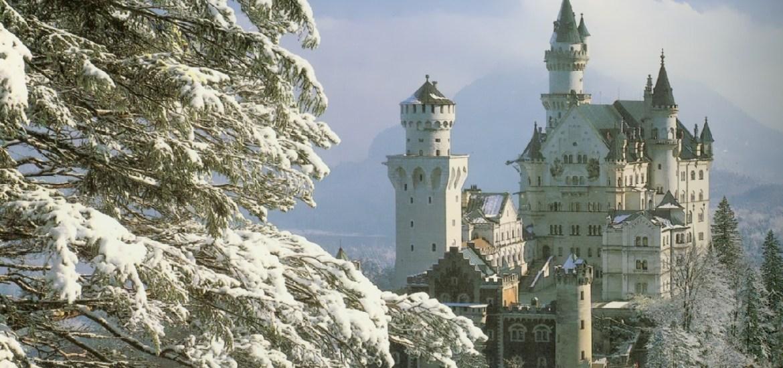 neuschwanstein-castle-germany-in-the-snow-2-lancastria