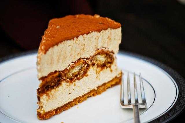 Paleo No-Bake Tiramisu Cheesecake