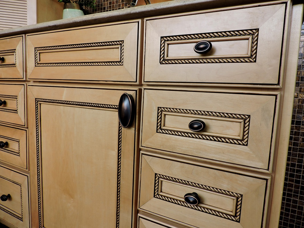 cabinetry hardware the finishing touch kitchen cabinet drawer pulls 00 Knobs Pulls Cabinet pix