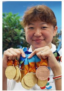 水泳成田真由美メダル画像