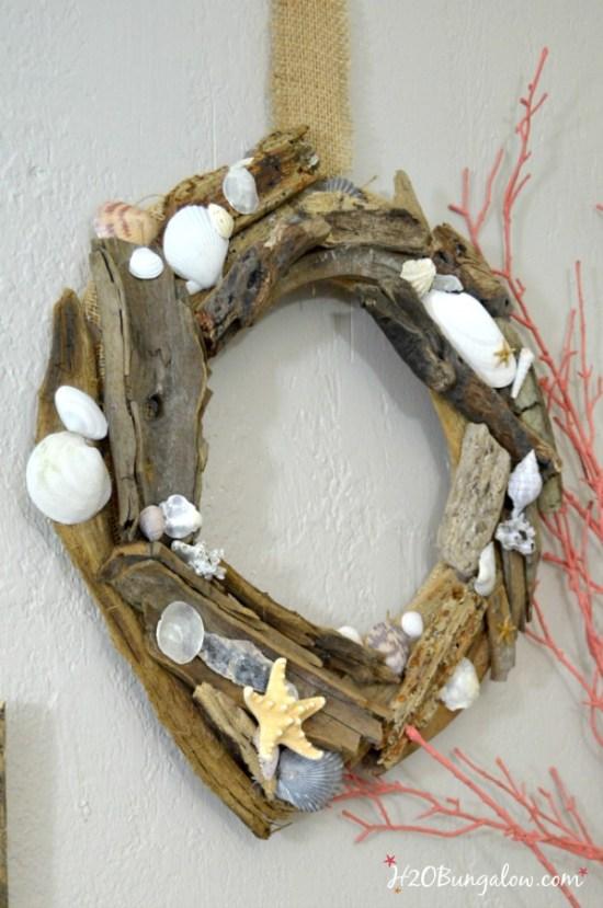 Diy seashell and driftwood wreath for Seashell wreath craft ideas