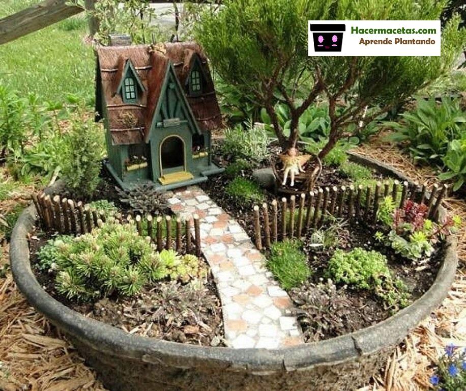 Jardines mágicos en macetas de barro