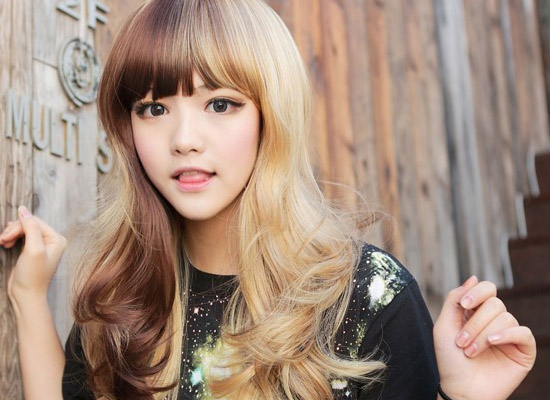 25 Beautiful Long Hairstyles With Bangs of 4 by Gregory