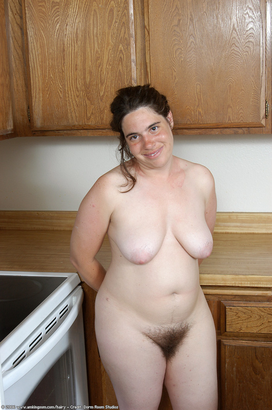 chubby brunette wife hairy pussy
