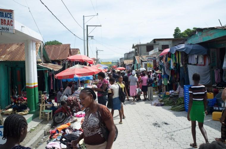 Main thoroughfare of the Mireblais market