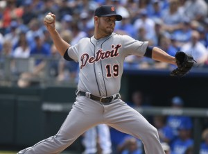 Anibal Sanchez throws a pitch during the first inning of a game against the Kansas City Royals at Kauffman Stadium on May 3, 2015 (Ed Zurga/Getty Images)