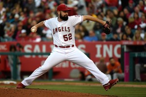 Matt Shoemaker delivers a pitch during the 3rd inning of a game against the Houston Astros at Angel Stadium on May 9, 2015 (Lisa Blumenfeld/Getty Images)