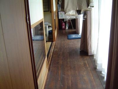 """鬼北の古民家1再生前の廊下の画像""""old-kihoku1-corridor-before"""""""