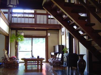 """鬼北町新築の一階吹き抜けの画像""""new-kihoku1-5"""""""