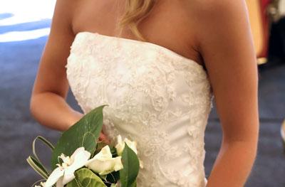 体形別ウエディングドレスの選び方