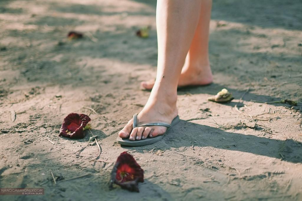 flip flop feet flowers