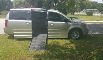 2008 Dodge Grand Caravan Side Entry Wheelchair Van