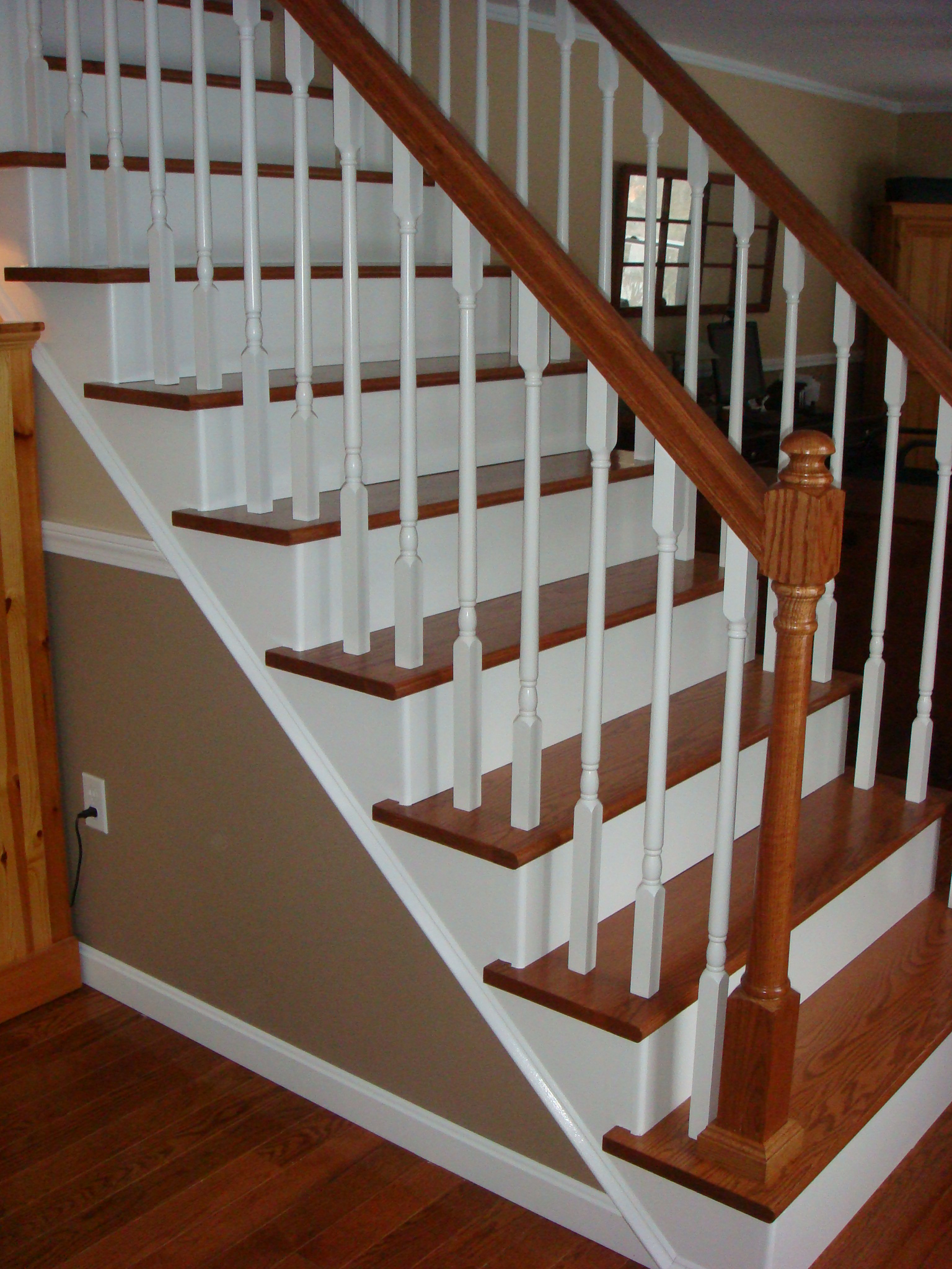 Mesmerizing Remodelaholic From Carpet To Wooden Stair Guest Remodel How To Re Carpet Stairs How To Carpet Stairs Cheaply houzz 01 How To Carpet Stairs