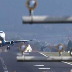 asfaleis-pthseis-aeroplano