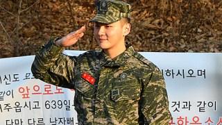 俳優ユン・シユン、今日(1/27)除隊。「忘れずに来てくれてありがとう」