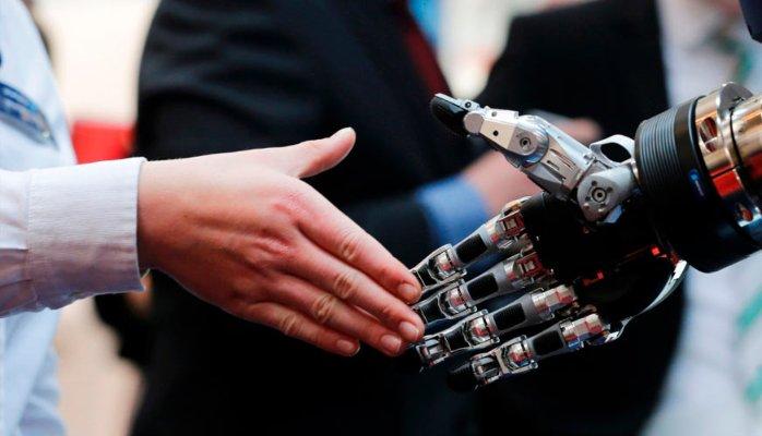 Francisco Manuel Vargas Jimenez mano y robot