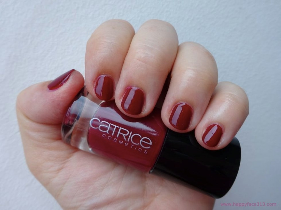 CATRICE Ultimate Nail Lacquer 94 It's A Very Berry Bash