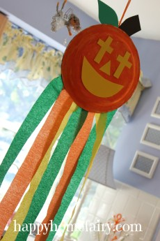 A Christian Pumpkin Windsock Craft – FREE Printable!