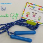 easy-and-inexpensive-end-of-year-classmate-gift-love-this