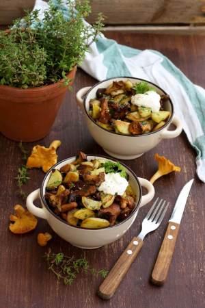 Russian-Pan-Fried-Potatoes-with-Wild Mushrooms-2