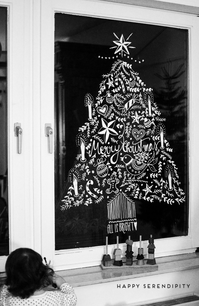 diy opulente weihnachtliche fensterdeko mit kreidemarker. Black Bedroom Furniture Sets. Home Design Ideas