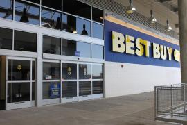 bestbuy store 1418 East River Plaza&#039;s Best Buy