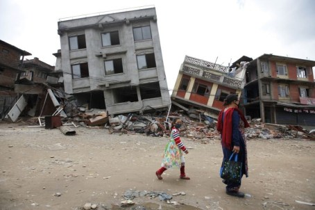 Nepal_Earthquake_Resigned_to_Danger__70529_webfeeds_3-800x533