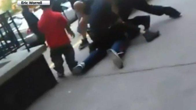 nypd punches harlem bystander