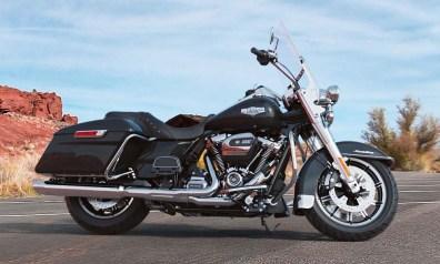 Motocykel Harley-Davidson touring Road King farba Vivid Black
