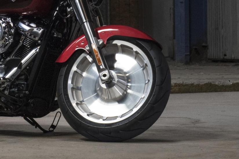 Motocykel Harley-Davidson Softail Fat Boy 107
