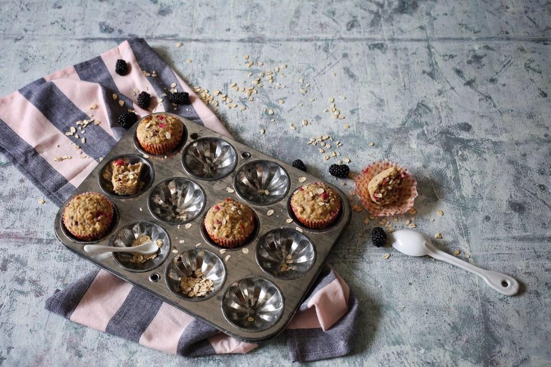 Hafer-Muffins mit Beeren